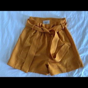 Wilfred Front Tie Dress Shorts